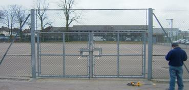 strained wire gates