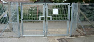 strained wire mesh gates